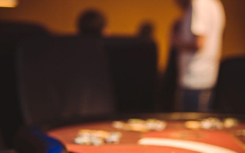 Зондирование в покере.