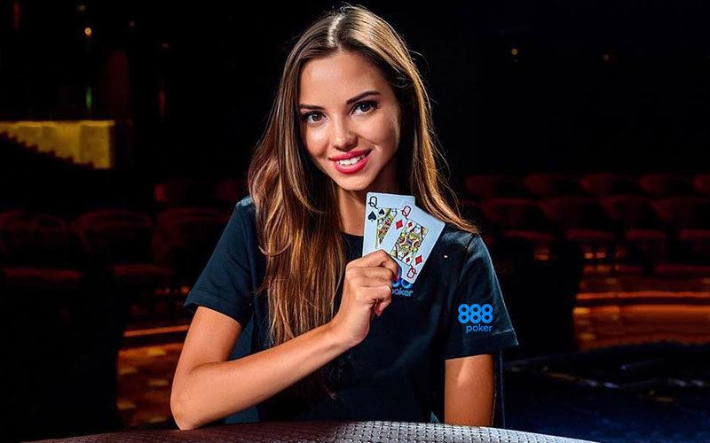Дарья Фещенко в составе команды амбассадоров рума 888poker.