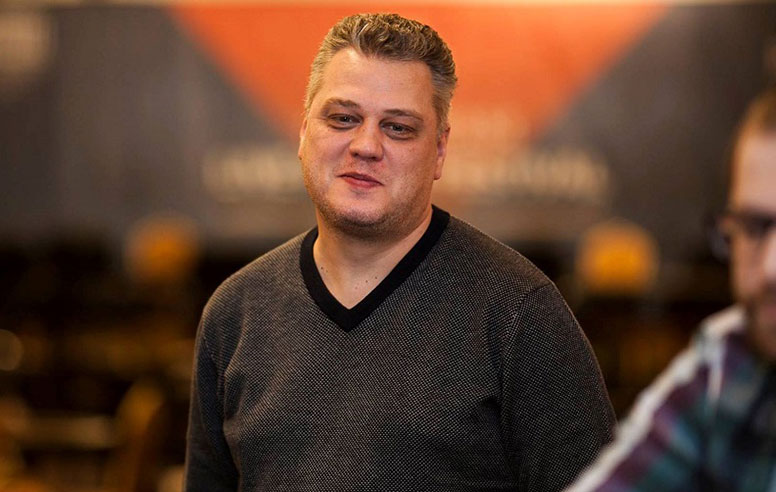 Игрок в покер Сергей Рыбаченко.